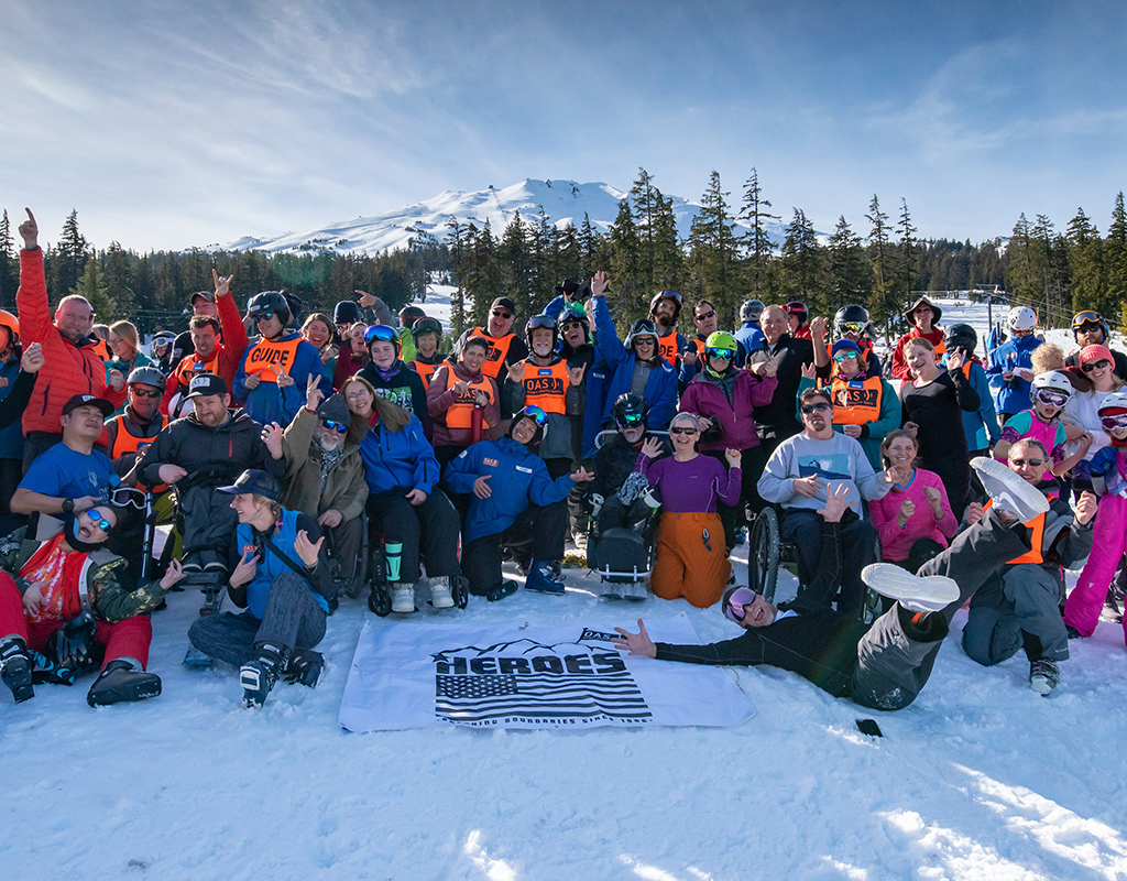 group shot of skiers of all abilities at heroes veterans event on mt bachelor
