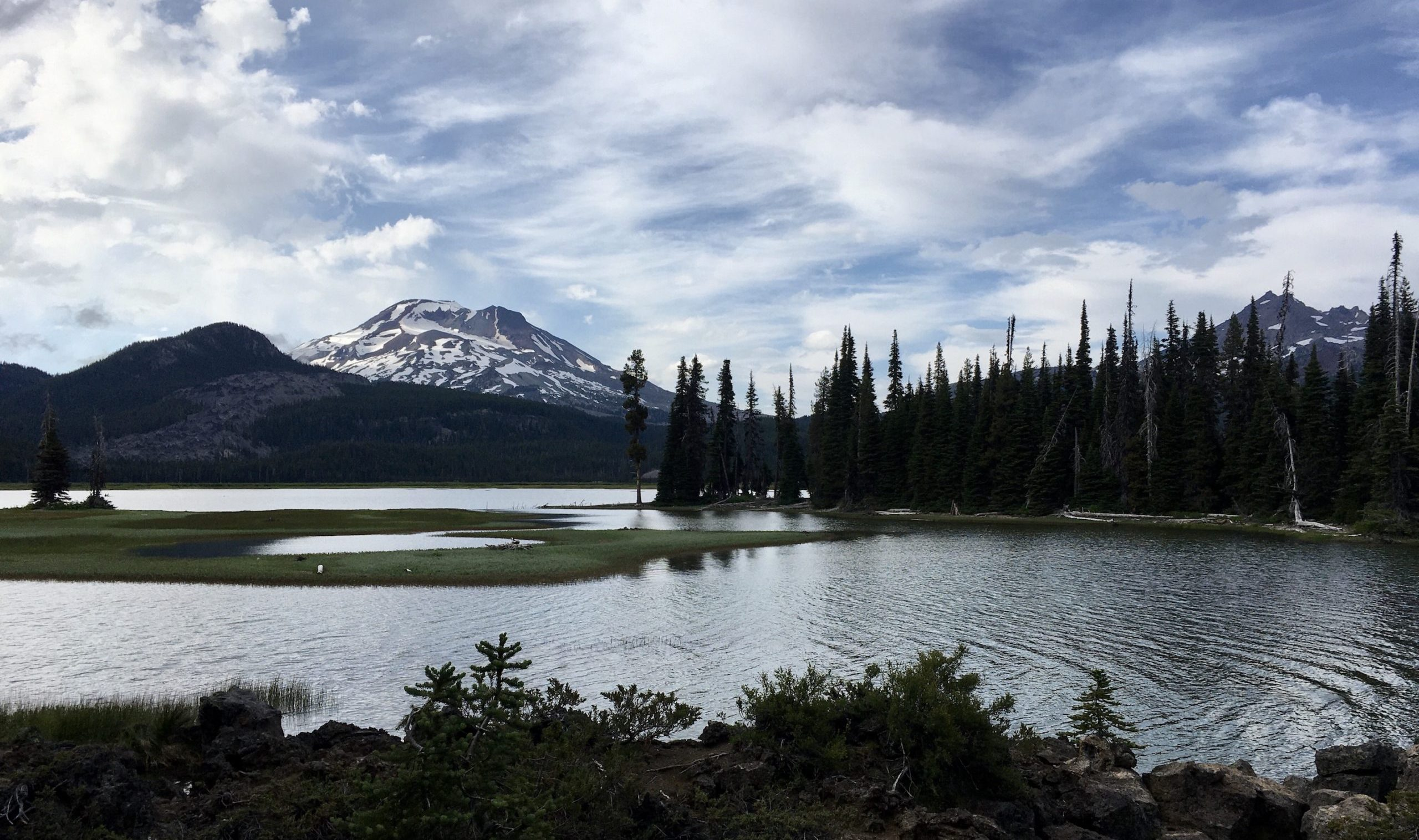 sparks lake with south sister in background